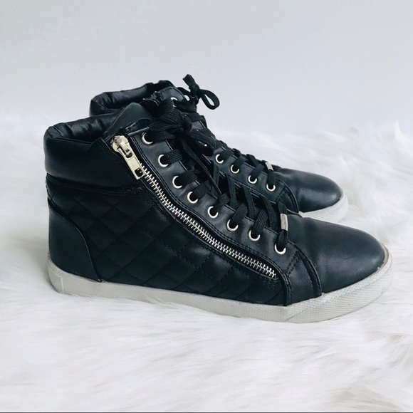 ffcc3125932 Steve Madden Decaf Quilted High Top Sneaker. M 5b01efe3fcdc312de35e3884